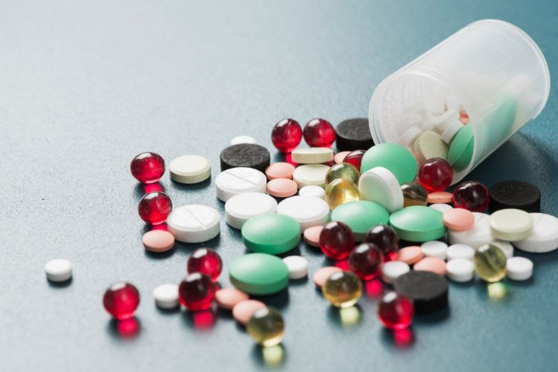 medicine quantity satisfies pharmaceutical regulations and laws for personal use